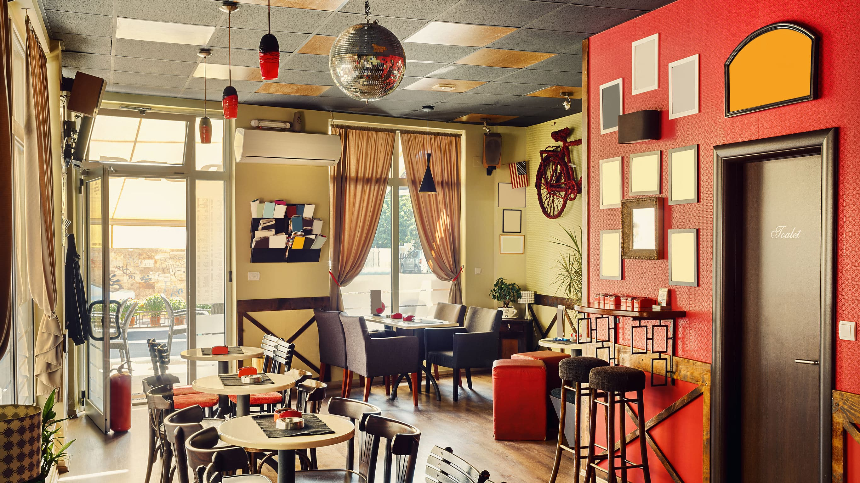 Antique Establishments Should Consider Purchasing Modern Restaurant Equipment