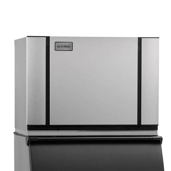 "ICE-O-Matic CIM0636FW    30.25""  Full-Dice Ice Maker, Cube-Style - 600-700 lbs/24 Hr Ice Production,  Water-Cooled, 208-230 Volts"