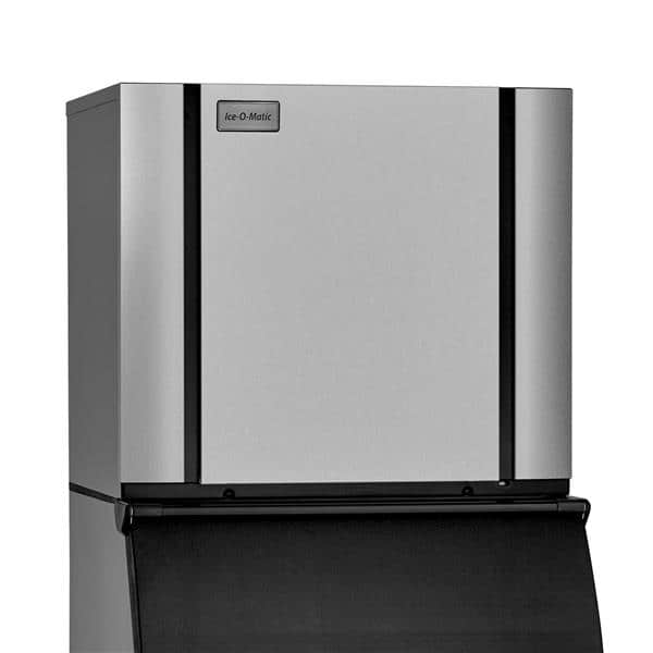 "ICE-O-Matic CIM1136HW    30.25""  Half-Dice Ice Maker, Cube-Style - 900-1000 lbs/24 Hr Ice Production,  Water-Cooled, 208-230 Volts"
