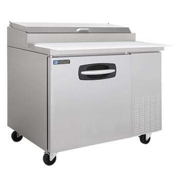 Master-Bilt Products MBPT44 Fusion Refrigerated Pizza Prep Table